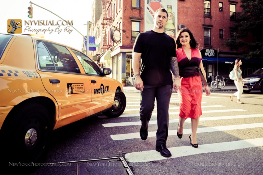 Fun couple portraits in Manhattan